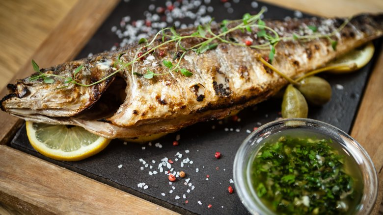 Restaurant foods most likely to cause food poisoning for Raw fish food poisoning