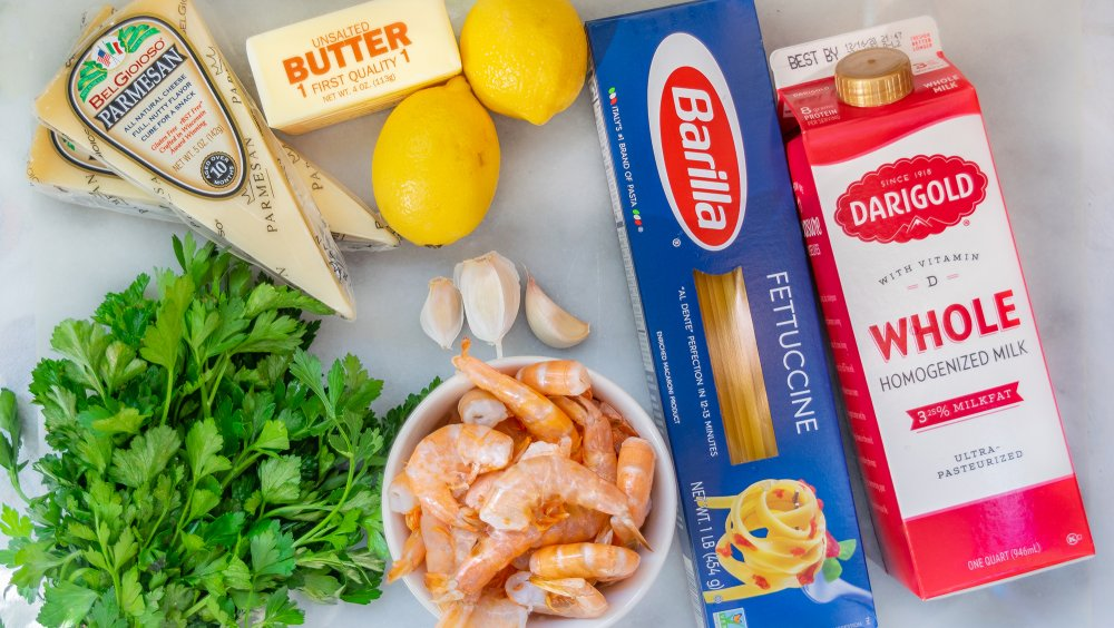 Ingredients for 20-minute shrimp alfredo recipe