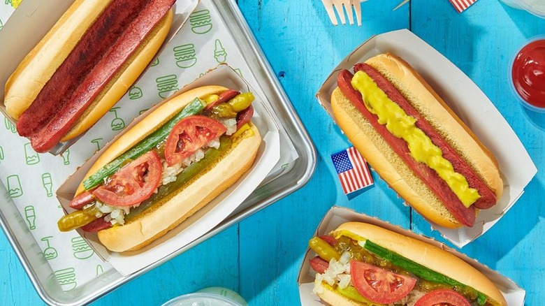 Fast food hot dogs, ranked worst to best