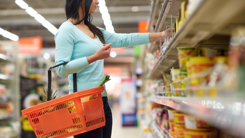 Foods you should never buy at the dollar store