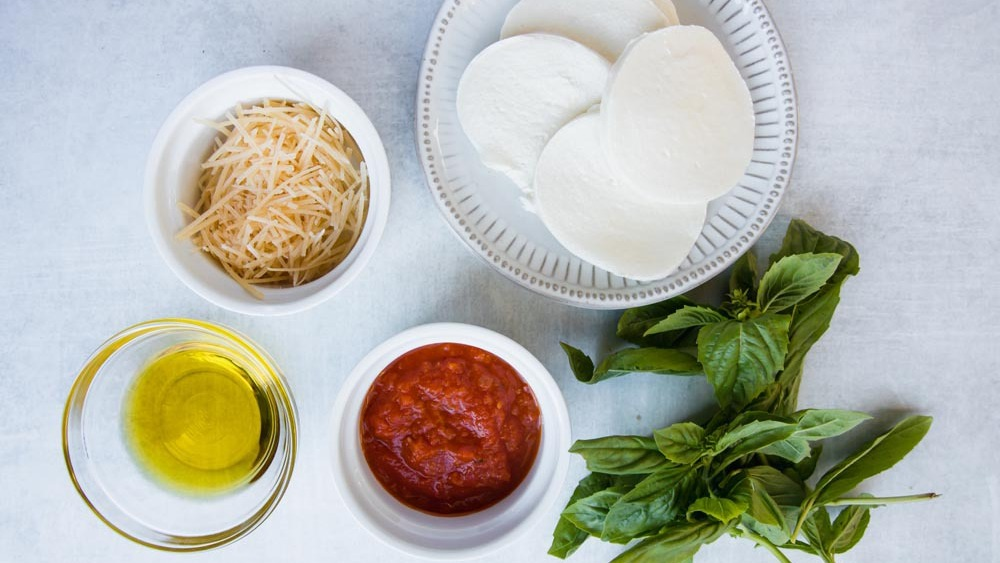 Ingredients for keto margherita pizza sauce and toppings