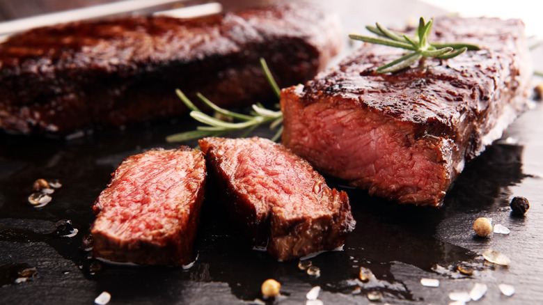 Mistakes Everyone Makes When Eating Steak - Mashed