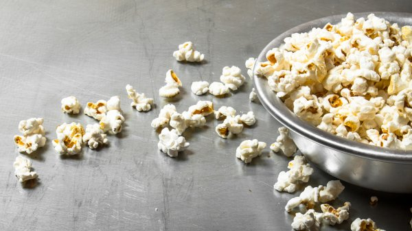 Mistakes everyone makes when making popcorn