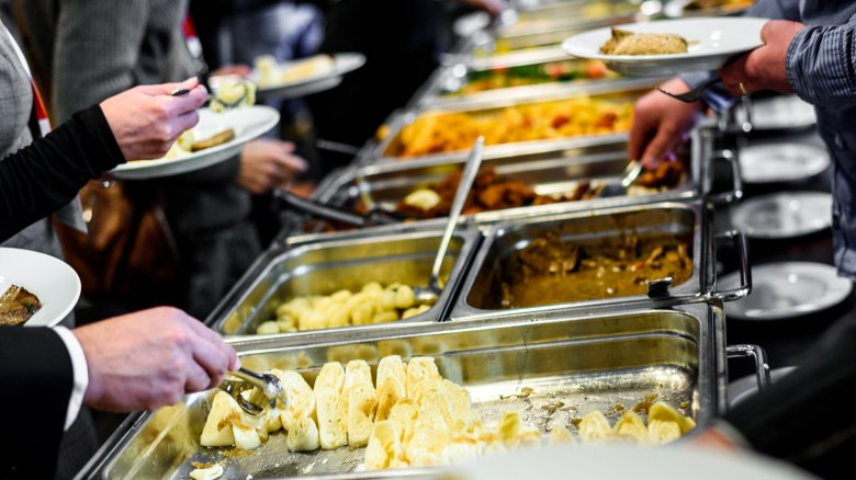Ranking all-you-can eat buffet chains from worst to first