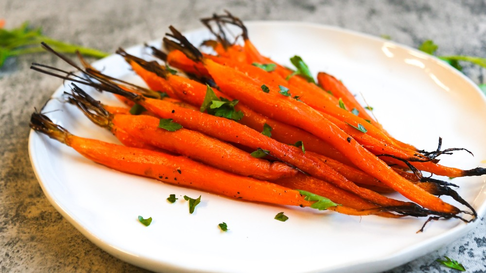 close up of roasted carrots