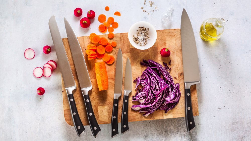 This dangerous mistake you're making with your kitchen knife