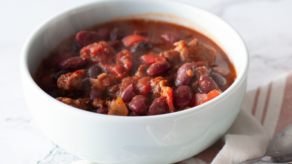 This Slow Cooker Chili Recipe Is About To Be Your Favorite