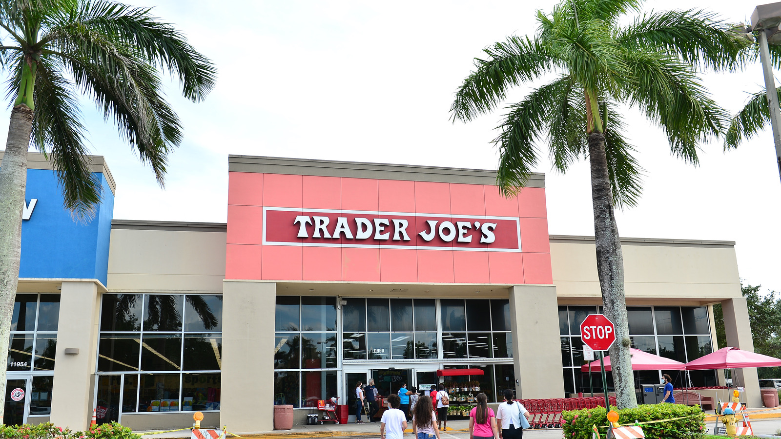 Trader Joe's Employees Favorite Products For 2021 Might Surprise You