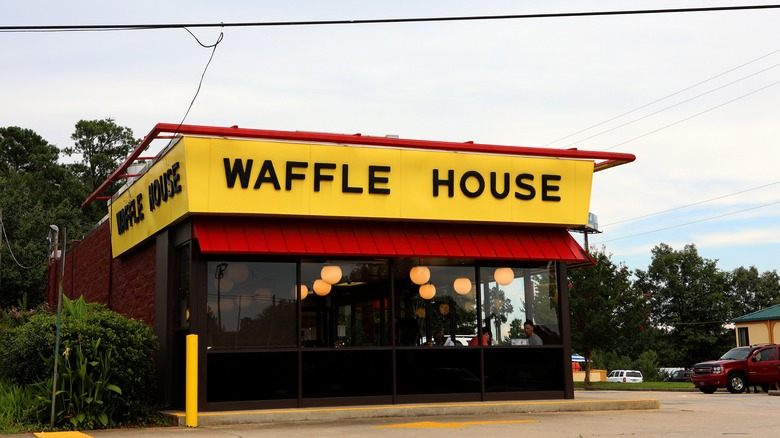 Workers reveal what it's really like to work at Waffle House