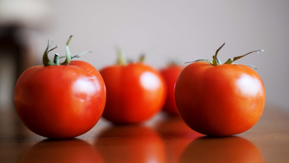 You've been storing tomatoes wrong your entire life
