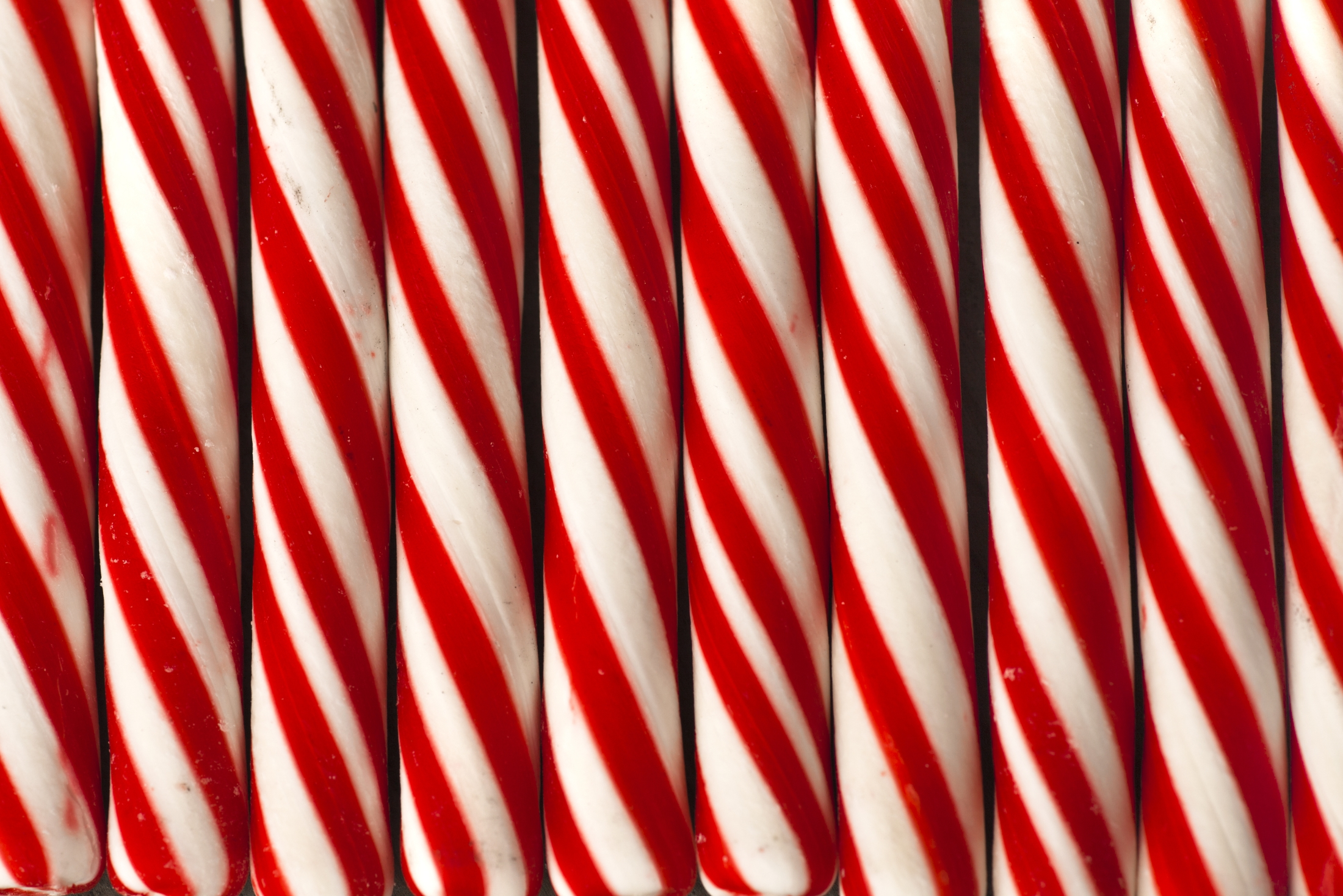Why we eat candy canes at Christmas - Mashed